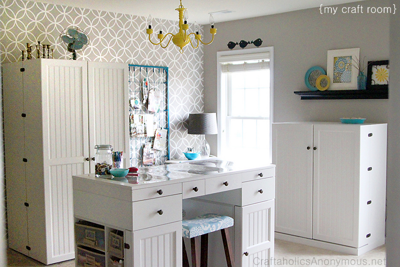 Have Serious Craft Envy About This Craft Room From Craftaholics