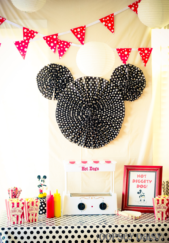 Mickey mouse birthday party oopsey daisy this solutioingenieria Choice Image
